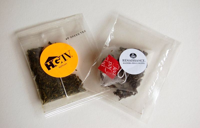Tea-bags-in-a-clear-pouch-800